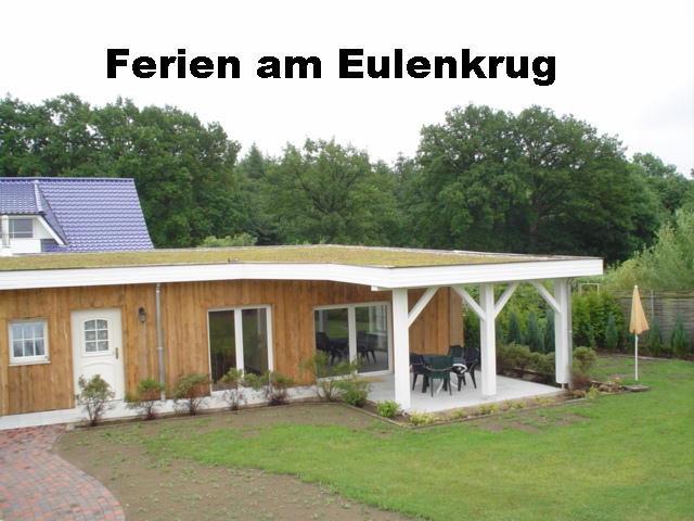 Ferienhaus  Perniek: Aber bitte mit HUND-Ferienhaus Eulenkrug