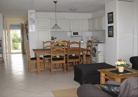 ferienhaus languedoc mittelmeer la baie du levant frankreich. Black Bedroom Furniture Sets. Home Design Ideas